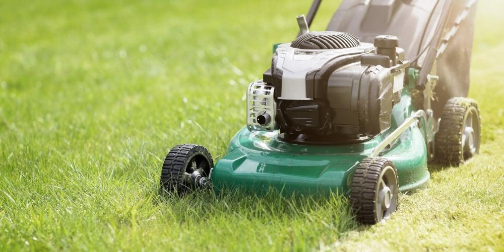 how long do lawnmowers last